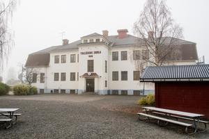 De 112 eleverna i Tallåsen får istället åka till Ljusdal, om utredarens förslag går igenom.