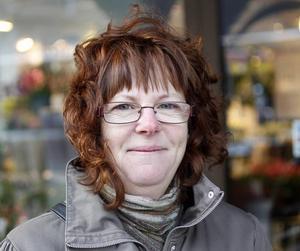 Mona Odén, 53 år, butiksbiträde, Gävle– Ja, men då har jag betalat den där kronan i avgift.