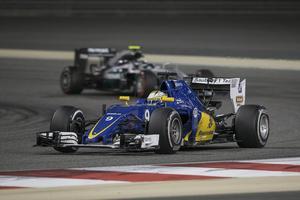 Marcus Ericsson gjorde ett godkänt lopp i Bahrain men varken han eller teamkamraten Felipe Nasr har lyckats bärga någon poäng i årets F1-VM.