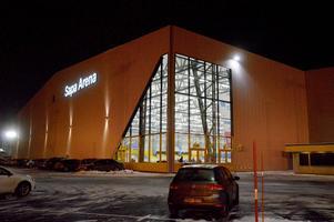 Hallarna som kan komma att byggas liknar bandyhallen i Vetlanda, som är en prisvärd enkel arena.
