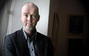 -- Inga nya arvoden betals ut. Telefonkostnaderna har inte ökat. En person har fått en dator, säger Jonny Gahnshag (S).FOTO: STAFFAN BJÖRKLUND