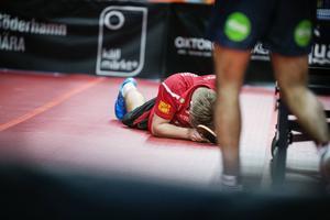 Persson var mycket besviken efter dubbla förlusterna.