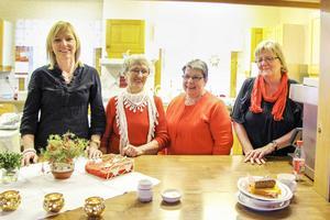 Ann-Marie Smensgård, Åsa Liström, Gerd Åsentorp och Carin Henriksson under förra årets julfirande.
