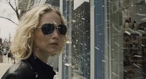 Jennifer Lawrence är, som vanligt, strålande i det upplyftande dramat