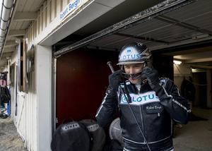 Robert Bergh lastar hästbussen full till Östersunds V75-tävlingar.