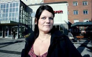 -- Jag har fött fyra barn på BB i Mora och alltid blivit mycket bra omhändertagen, säger Jennifer Haglind. FOTO:LINA AXELSSON-BERG