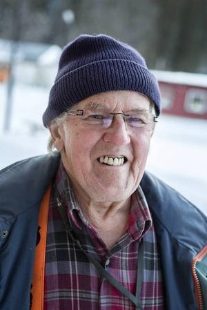 Sture Lydén, Gäddede:– De är helt fantastiska. Det känns att vi lever i trygghet och tack vare ambulansen finns det snabb hjälp.