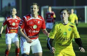 Joel Häggblom (till vänster) var djupt besviken efter den tappade poängen mot Ljusdal.