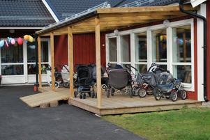 Barnvagnsparkeringen var fullproppade - men var fanns barnen?