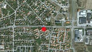 Här på Erik Rosenbergs väg 50 i Almby hittades mannen.