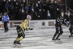 Jonas Engström var på hugget mot Gripen. Han satte själv 4–2-målet.