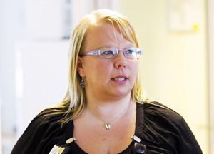 Anne Kilpelänaho studerade till sjuksköterska i Finland och har jobbat med somatisk vård innan hon fick jobb på psykjouren i Gävle.