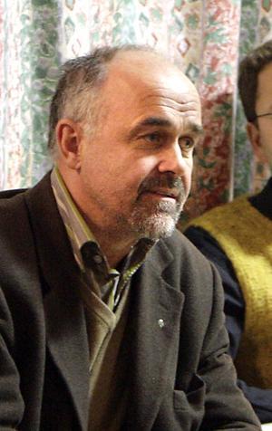 Oppositionsrådet Stefan Bäckström (C) önskar ingen posten som oppositionsråd och vill att den ska avskaffas till nästa mandatperiod.