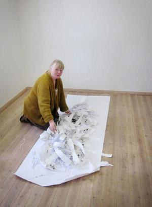 Kasserade teckningar och en sönderriven avhandling är utgångspunkten för Eirin Pedersens nästa utställning på Kulturhuset i Järpen.