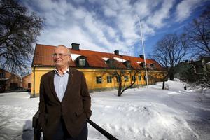 Roslagsmuseets nye ordförande Kjell Pihlgren vill höja kvaliteten på verksamheten. – Det som kommer att behövas är museiverksamhet med hög kvalitet, jag kan inte tycka att Roslagsmuseet har haft det. Foto: Anders Sjöberg