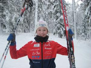 Lotten Sjödén vann lördagens distans och gav sig själv en biljett till ungdoms-OS i Innsbrück, som avgörs om en dryg månad.