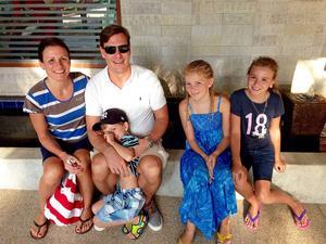 Rosita och Stefan Lincoln har tillsammans med barnen Isabella, 11 år, Emilia, 10 år och Adam, 4 år, gjort sammanlagt 34 resor.