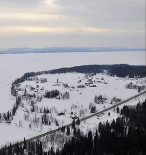 Gudrun Hansson påpekar att området har fina naturvärden, och ser det som djupt beklagligt att turisterna skräms bort av vägens dåliga standard.