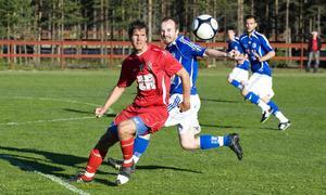 Arbrås Daniel Öhlander var het och gjorde ett av Arbrås mål i kryssmatchen 2–2 mot topplaget Delsbo.