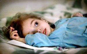 Rim Al Amin, 2,5 år är svårt sjuk. I helgen var hon nära att dö - snart ska hon utvisas.
