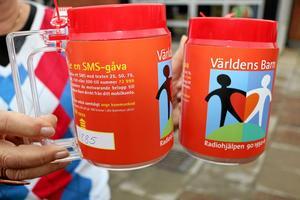 Insamling. Just nu pågår Radiohjälpens insamling Världens barn. Pengar samlas in i hela Sverige, både genom bössor och olika arrangemang. Arkivfoto: Heléne Berzelius