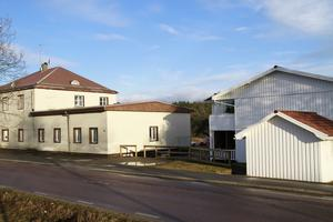 Fastigheterna i Gnarp har sålts för 12,5 miljoner kronor.