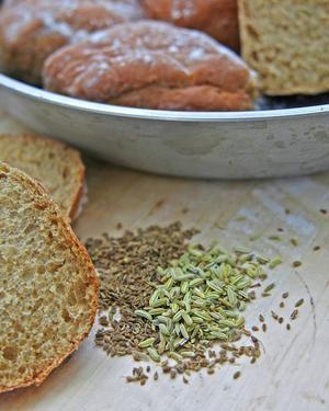 Gott bröd från egen ugn uppskattas alltid. Funkar till både soppa och gryta.