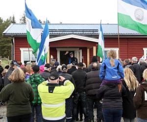 Aldrig tidigare har väl den lilla byn Smååkran med sju bofasta invånare haft så många besökare.