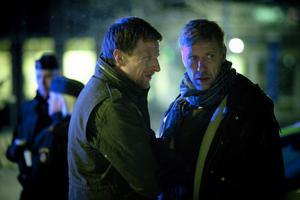 Joona Linna (Tobias Zilliacus) utreder ett fruktansvärt och blodigt fall. Som hypnotisören Erik Maria Bark (Mikael Persbrandt) blir indragen i.