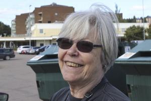 Kristina Bergman, 67 år, pensionär, Fagersta: Pengar. Då skulle jag leva ett mer problemfritt liv.