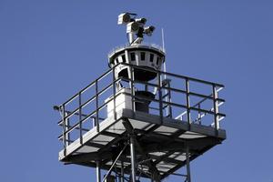 Kameror och sensorer registrerar allt som sker på flygplatsen i Örnsköldsvik. Foto: Luftfartsverket