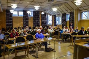 Föreläsningar från bland annat olika funktionshinderföreningar i kommunen och nya anhörigkonsulenten hölls på tisdagen.