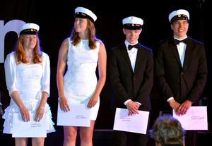 Alléskolans hedersstipendium gick till eleverna Emelie Frost, Karin Svensson, Erik Lindgren och Sebastian Agerhäll.Foto: Samuel Borg