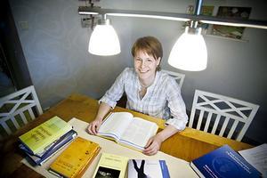 – Distansstudier och Utvecklingscentrum är fantastiskt, tycker Camilla Modd, som inte hade kunnat studera om hon hade blivit tvungen att flytta.