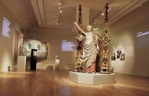 Allt har sin tid? är utställningen som väcker frågor om religion och sekularisering i Sverige. Den visas på Hälsinglands museum hela resterande året.