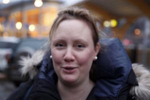 Malin Ahlström, Uppsala– Jag är väldigt besviken, hade räknat med att det skulle finnas snö här i Kramfors.
