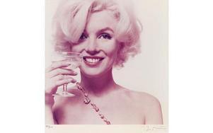 Marilyn Monroes alter ego i romanen är Beauty Kitt. Hennes historia om sitt liv följer troget den berättelse som senare biografer som Arthur Miller och Joyce Carol Oates har tecknat ner. Foto: Bert Stern