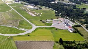 Västerås flygplats sedd från luften, bilden togs vid ett tidigare tillfälle.