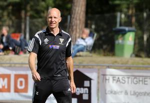 Tony Croon är ny ordförande i Bollnäs GIF FF det här året och ser en ljus framtid för klubben – om det blir fler planer för att kunna träna. Som det är nu har Bollnäs växt ur kostymen.