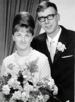 Kerstin, född Bergström, och Lars-Erik Wennman, Nolby, Njurunda, firar i dag rubinbröllop. De vigdes den 18 december 1965.