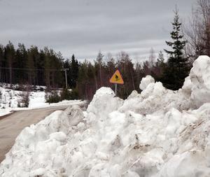 Mycket snö kvar ännu, men söndagen var sista dagen med nyspårat i Harsa.