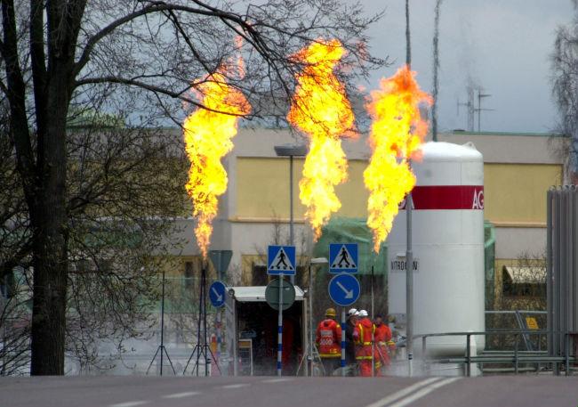 Explosion i kemikalielager