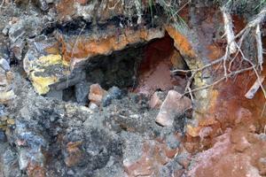 Omkring 10 meter från den ena kanten till den andra var ugnen när den användes för att ta fram bruksföremål.