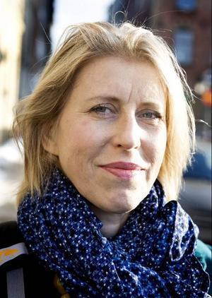 Karin Willén, ordförande Konstnärernas riksorganisation:Öka anslagen till bild- och formområdetSäkerställ bild- och formområdets ställning på den regionala nivånSäkerställ konstnärernas inflytande på de regionala kulturplanernaInför regionala resurscentraImplementera MU-avtalet (ersättning till utställande konstnärer) fullt ut