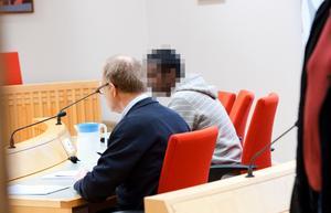 På fredagen häktades en tredje man misstänkt för inblandning i dödsmisshandeln i Ludvika.