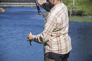 Marie Lagerström plockade upp sin fjärde fisk för dagen.