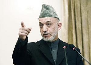 Afghanistans president drog till sig drygt 54 procent av rösterna, men en miljon var falska. En ny valomgång ger samma segrare, Hamid Karzai, och sedan går kriget vidare.