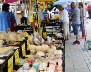 Det finns en hel del att fynda på Sollefteå marknad