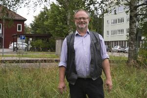 Arne Hjorth, samhällsbyggnadschef på V-Dala miljö- och byggnadsförvaltning, berättar att det är två fastigheter som kommer påverkas när Sågplan saneras.