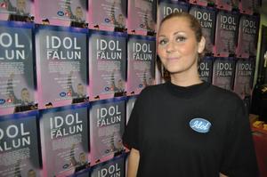 - Falun är ett av stoppen på vår tre veckor långa turné till 30 olika mindre städer i Sverige för att söka efter talanger till årets idol, säger Liv, som ingår i Idols casting team.